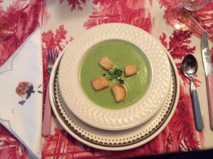 minted pea soup bowl